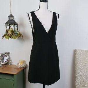 H&M Plunging V-Neck Sleeveless Sheath Dress Black
